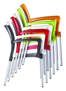 Krzesła plastikowe Dulce sztaplowane