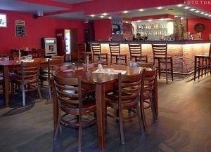 Krzesła drewniane do restauracji