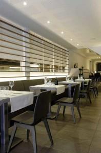 Aranżacja nowoczesnej restauracji w meble typu AS-1002 z Meble Radomsko