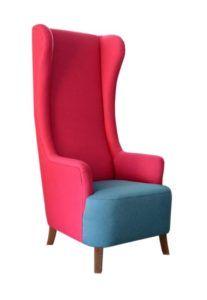 Fotel tapicerowany LUIGI typu uszak bardzo wysoki