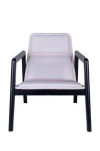 Designerski tapicerowany fotel AZURRA lounge projekt włsokiego Studia Sagitar