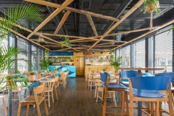 Restauracja Nowa Fala Bulwar Pattona Warszawa - krzesła CAVA AS